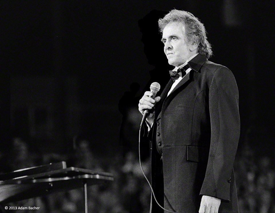 Johnny Cash on stage, Portland Oregon 1992