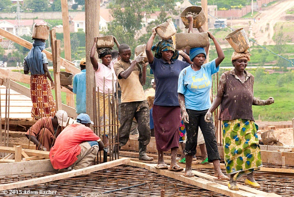 portland oregon editorial photographer - rwanda construction workers