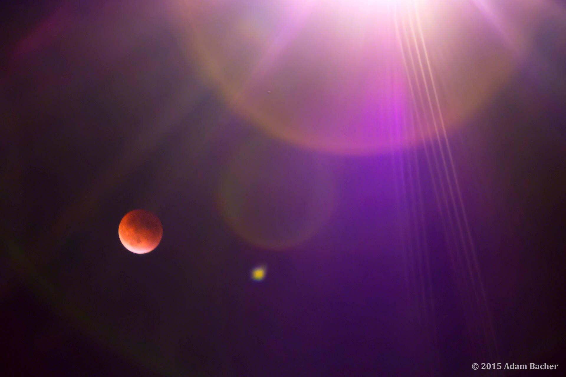 Blood moon lunar eclipse, taken by Portland Oregon editorial photographer Adam Bacher